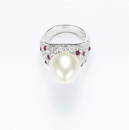 14: A Cultured Pearl, Diamond and Ruby Ring