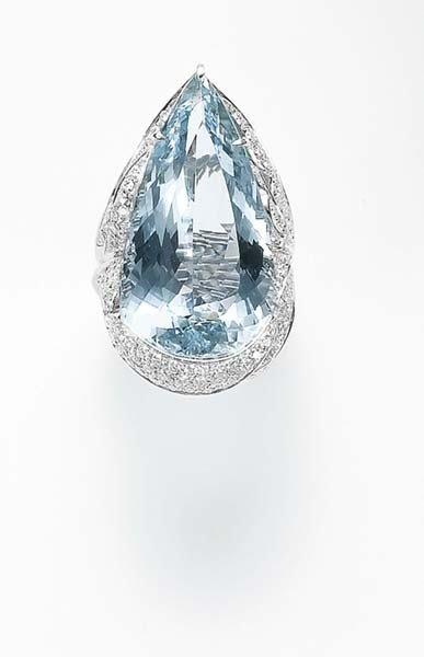 155: MARGHERITA BURGENER, An Aquamarine and Diamond Rin