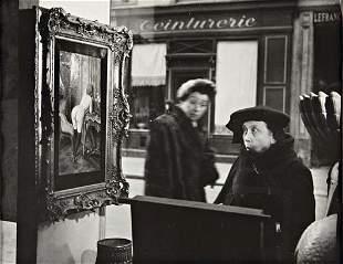 26: ROBERT DOISNEAU La Dame Indign�e, Vitrine Galerie R