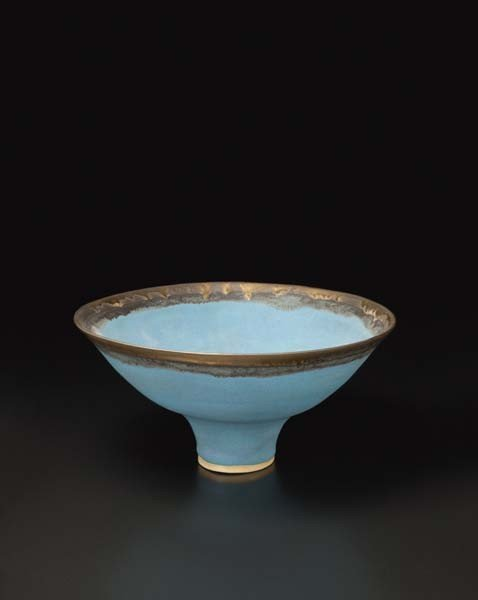1: LUCIE RIE, Blue bowl with golden rim, ca. 1987