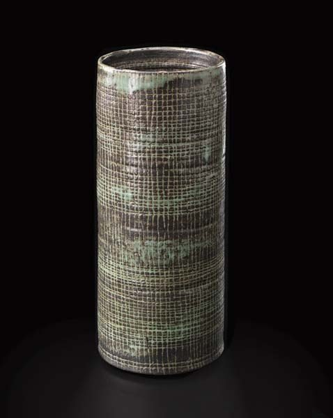 9: LUCIE RIE, Rare large cylindrical vase, ca. 1954