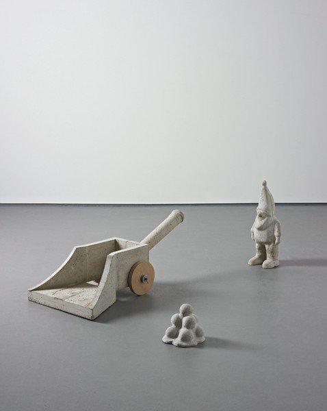 124: MARTIN KIPPENBERGER, Untitled (Zwerg vor Kanone),