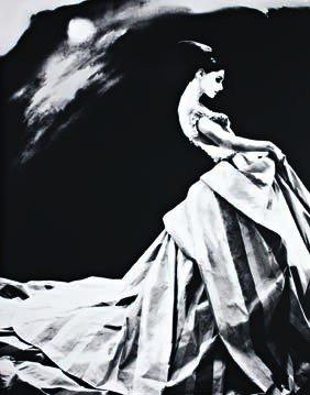 1: LILLIAN BASSMAN,  Night Bloom. Anneliese Seubert, Pa