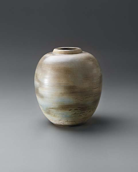 23: TOINI MOUNA,Large early vase,circa. 1935-1936