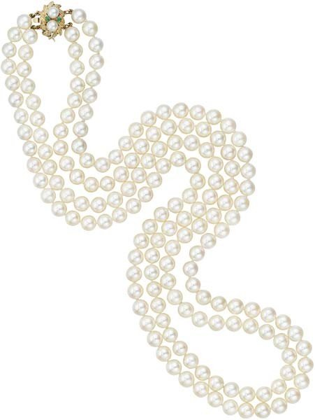 4: A Double-Strand Cultured Pearl Necklace