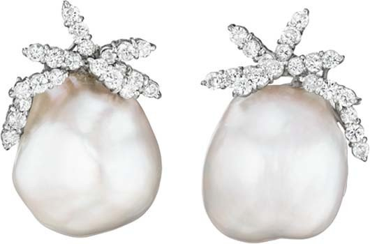 65: A Pair of Diamond and Pearl Earclips