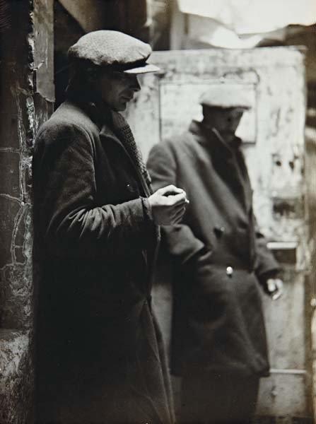 5: ANDRÉ KERTÉSZ, Untitled, Paris, 1932-1936