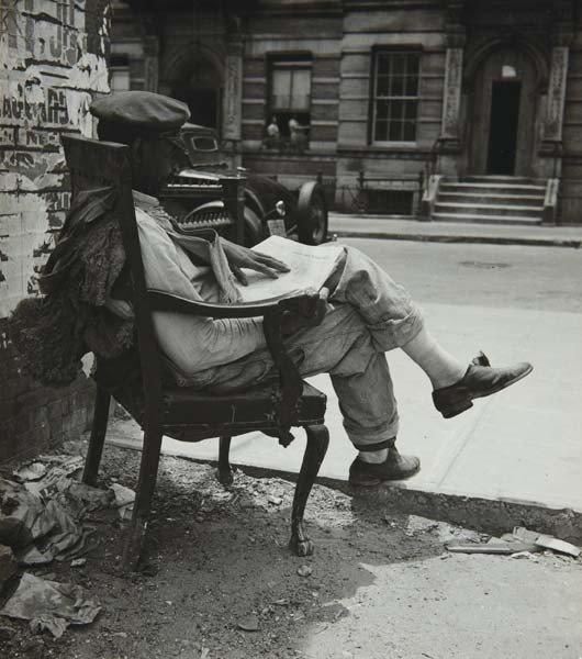 19: JOHN ALBOK, New York, Harlem, 1935