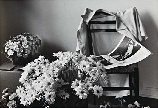 28: ANDRÉ KERTÉSZ, Flowers for Elizabeth, New York, 197
