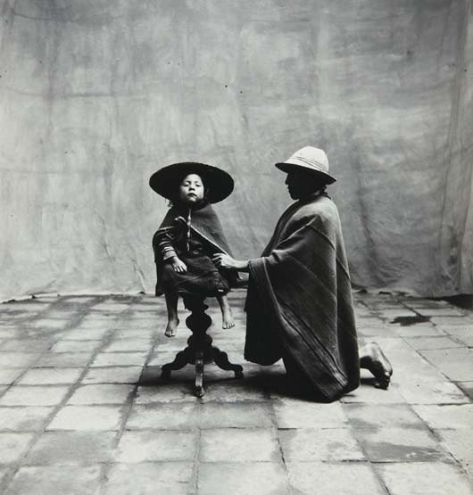 45: IRVING PENN, Father Kneeling with Seated Child (Cuz