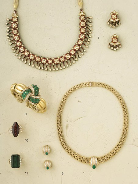 9:        An Emerald and Diamond-Set Fancy Link Necklac