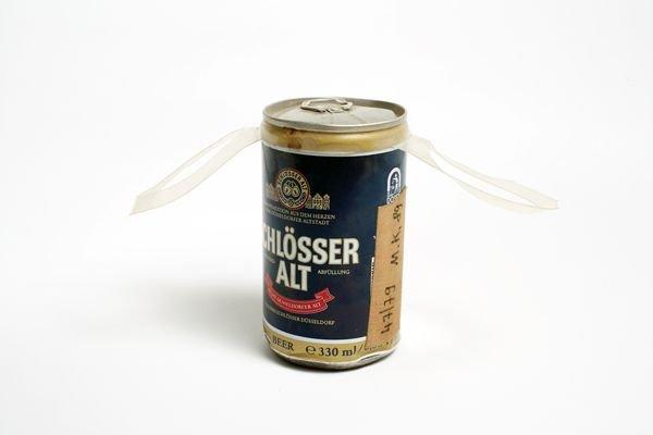 72:  MARTIN  KIPPENBERGER  1953-1997  Alkoholfolter, 19