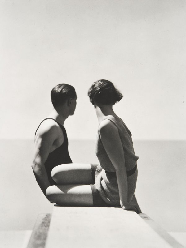 2:  GEORGE  HOYNINGEN-HUENE  1900-1968  Divers, Horst a