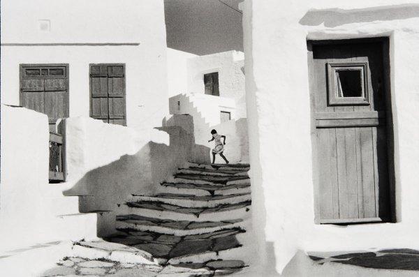 7:  HENRI  CARTIER-BRESSON  1908-2004  Siphnos, Greece,