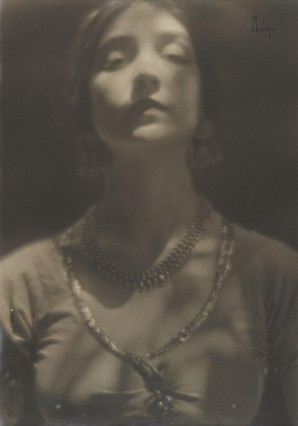 16:  EDWARD  WESTON  1886-1958  Portrait of a Woman, 19