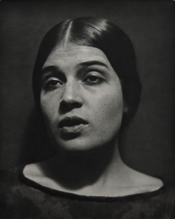 17:  EDWARD  WESTON  1886-1958  Tina Modotti Reciting P