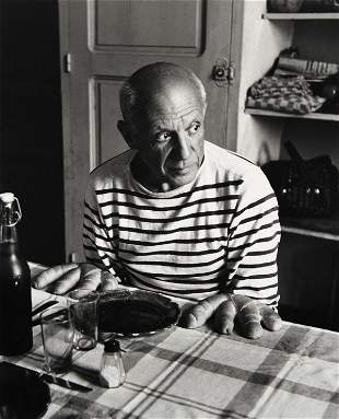 296:  ROBERT  DOISNEAU  1912-1994  Les pains de Picasso