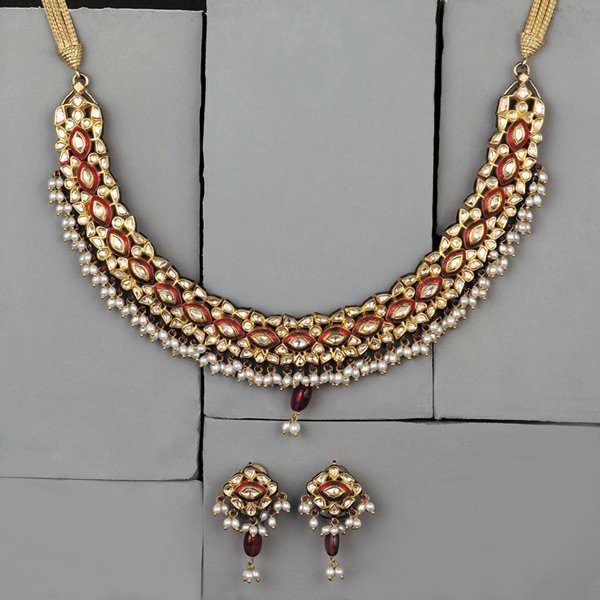 14:        A Modern Indian Diamond and Enamel Necklace
