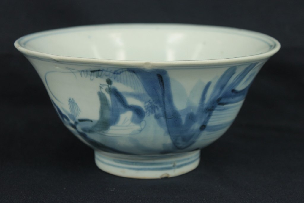 large 18th century hand painted blue and white bowl