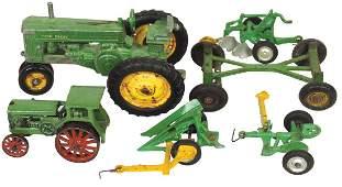 Toy tractors & implements (6), John Deere row crop