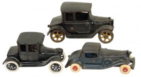 Toy cars (3), all Arcade Model T Ford, Oldtimer Ford