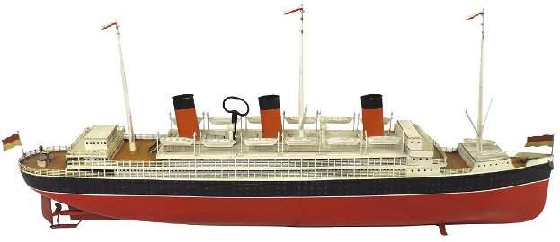 Toy boat, Fleischmann ocean liner, c.1900, painted