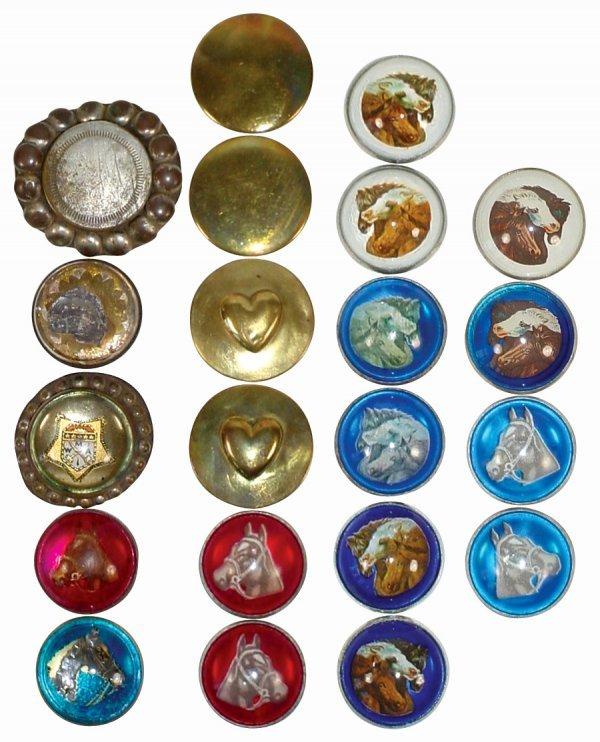 752: Bridle rosettes (7 sets & 7 singles); includes 1 M
