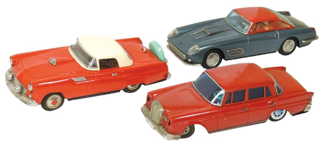 Toy cars (3), Ferrari, Mercedes Benz 220 & Thunderbird,