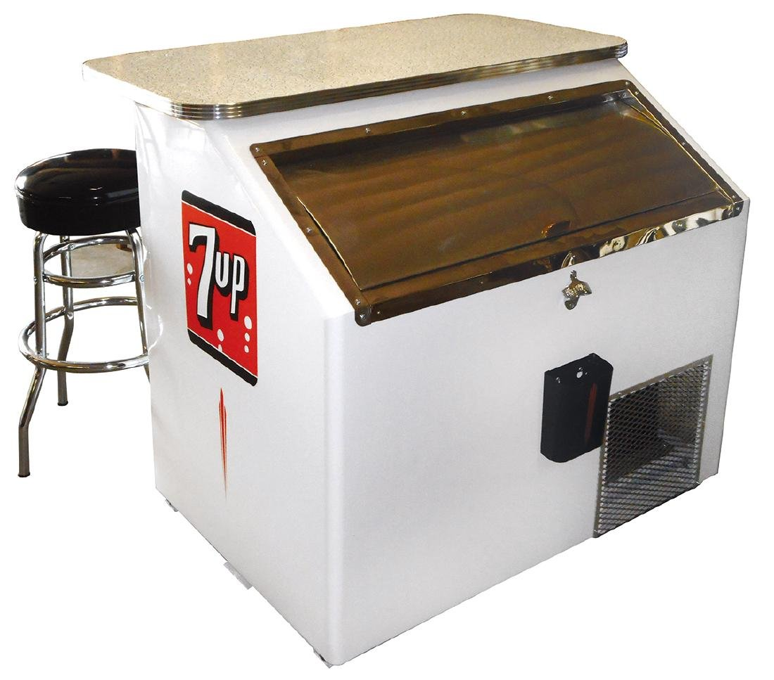 Soda fountain 7up cooler w/bar & stools, mfgd by True - 2