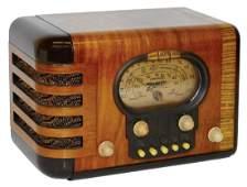 Radio, Zenith, Model 5S319, wood veneer, c.1939, VG+