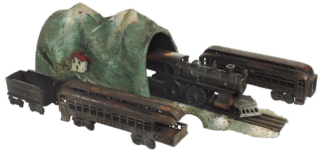 Toy trains, tunnel & track, Keystone Express, cast iron