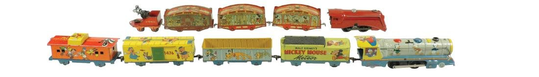 Toy trains (2), Marx Mickey Mouse Circus Train loco & 4