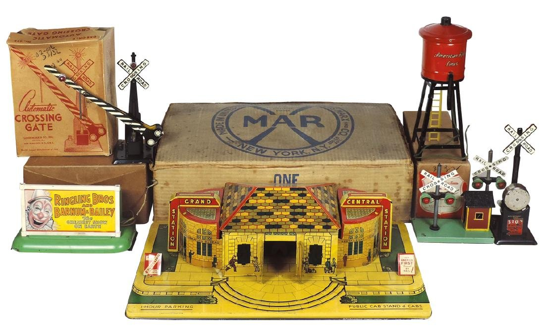 Toy train accessories (7), Marx One Electric Railroad