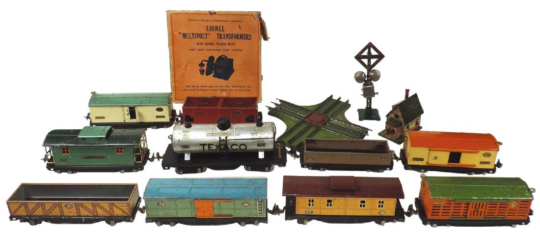 Toy train cars & accessories (13), Lionel, 515, 816,