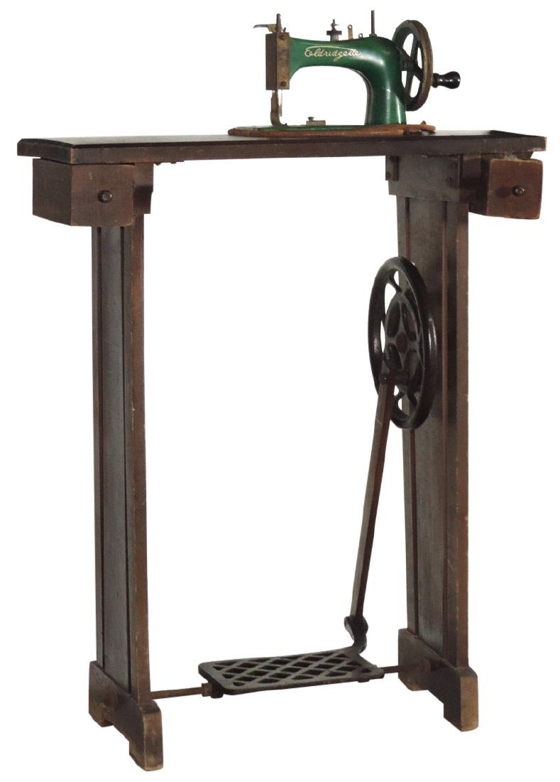 Children's sewing machine, Eldredgette, wood floor