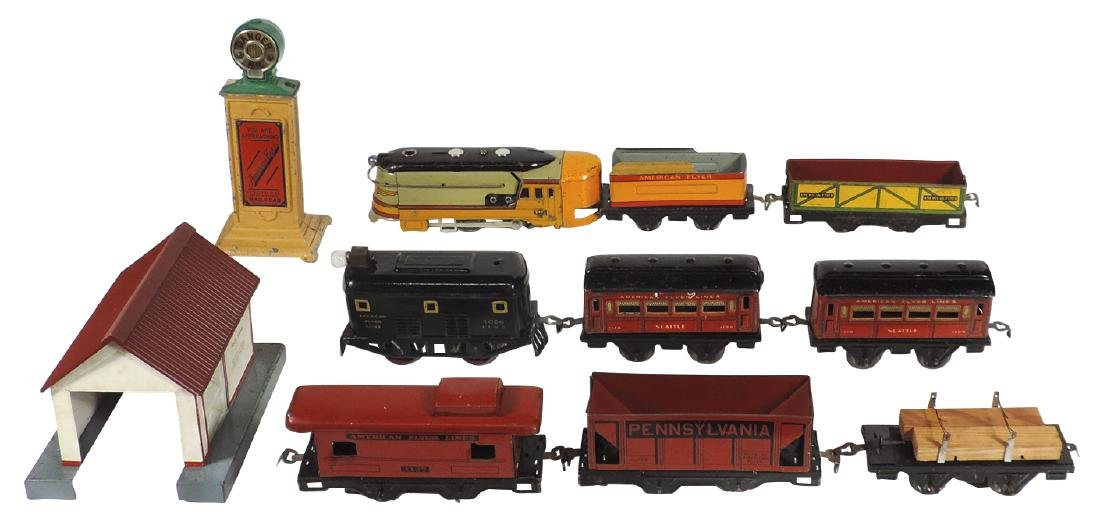 Toy trains & accessories (11 pcs), American Flyer, loco