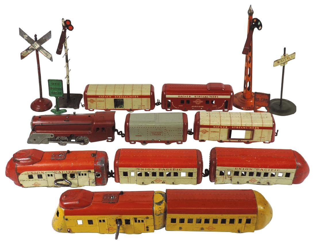Toy trains & accessories (16 pcs), Hafner's Overland