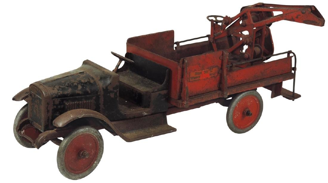 "Toy truck, Buddy ""L"" Wrecker, pressed steel w/orig pain"