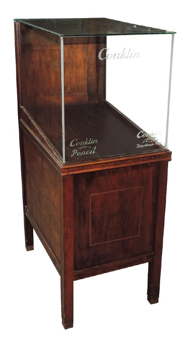 Fountain pen/pencil floor showcase, wood w/Conklin