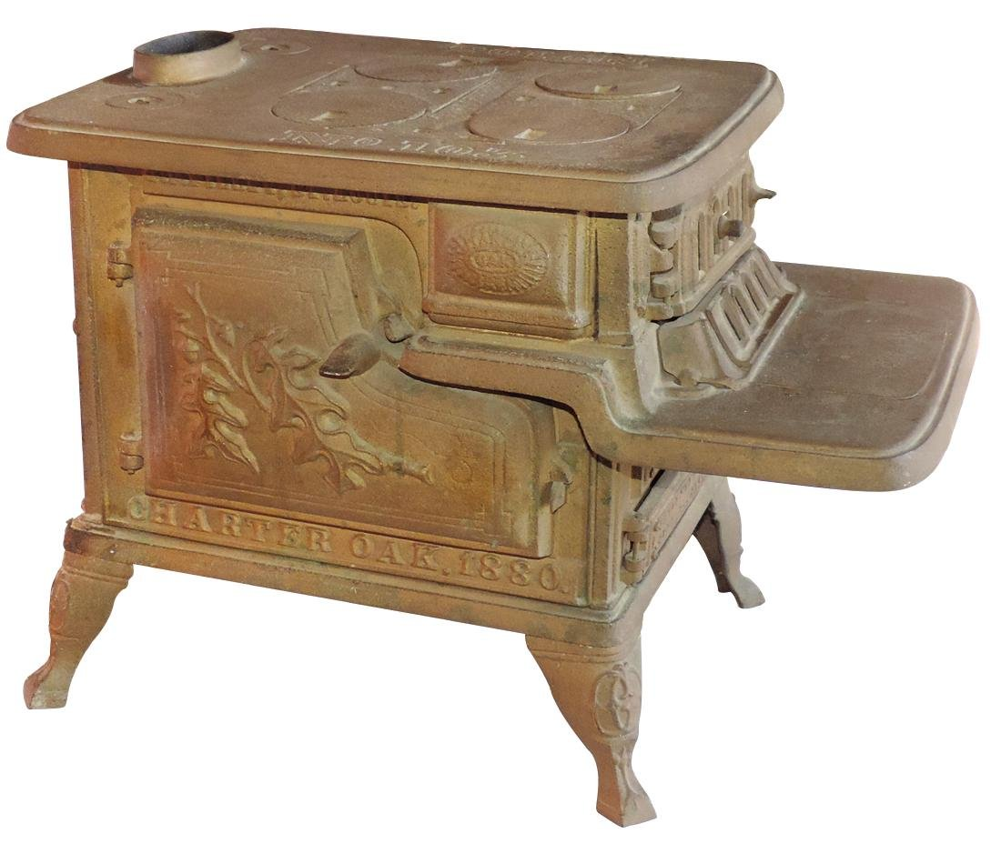 """Salesman sample or toy cook stove, American """"Charter"""