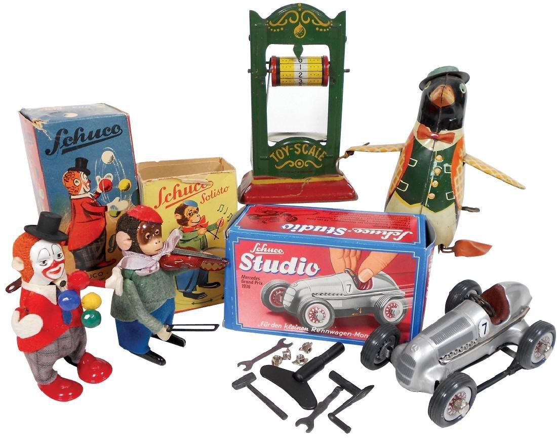 Toys (5), Schuco monkey w/violin in orig box, Schuco