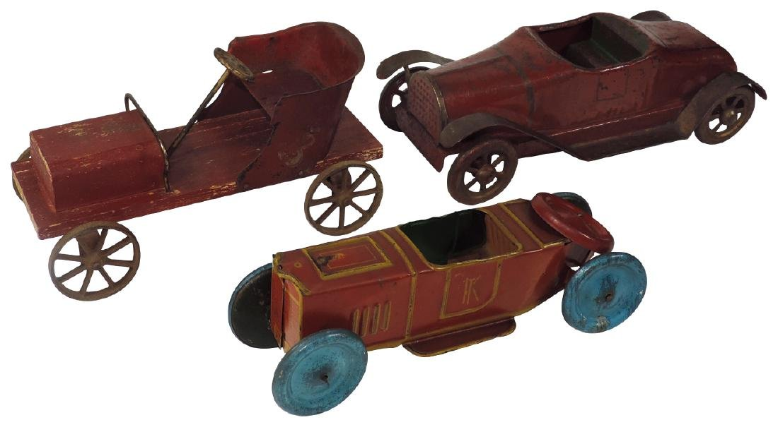 Toy cars (3), early tin roadster, red speedster