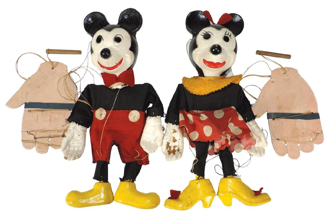 Mickey & Minnie Mouse string puppets (2), composition