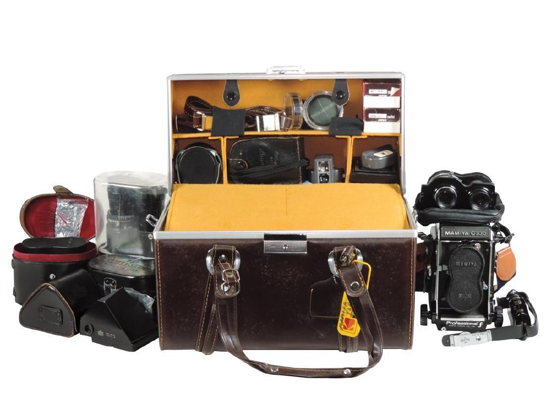 Cameras, Mamiya C330 5-lens outfit: camera, 55mm f/4.5,