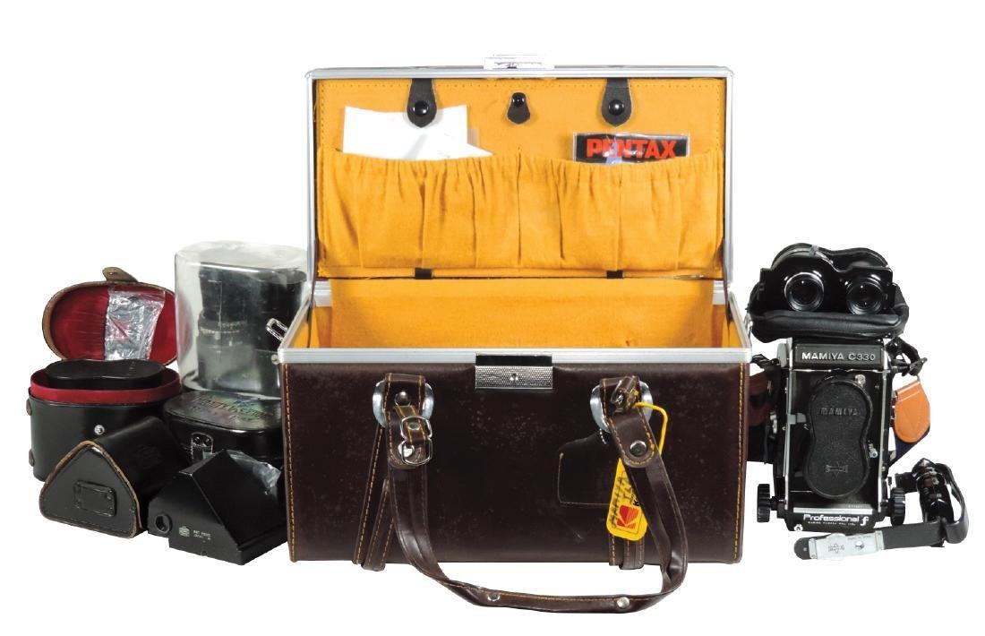 Cameras, Mamiya C330 5-lens outfit: camera, 55mm f/4.5, - 2
