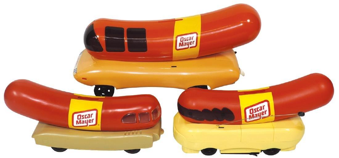 Toys (3), Oscar Mayer Wienermobiles, 1 radio bank,
