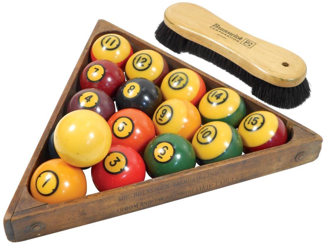 Billiard balls, triangle & table brush, set of 16