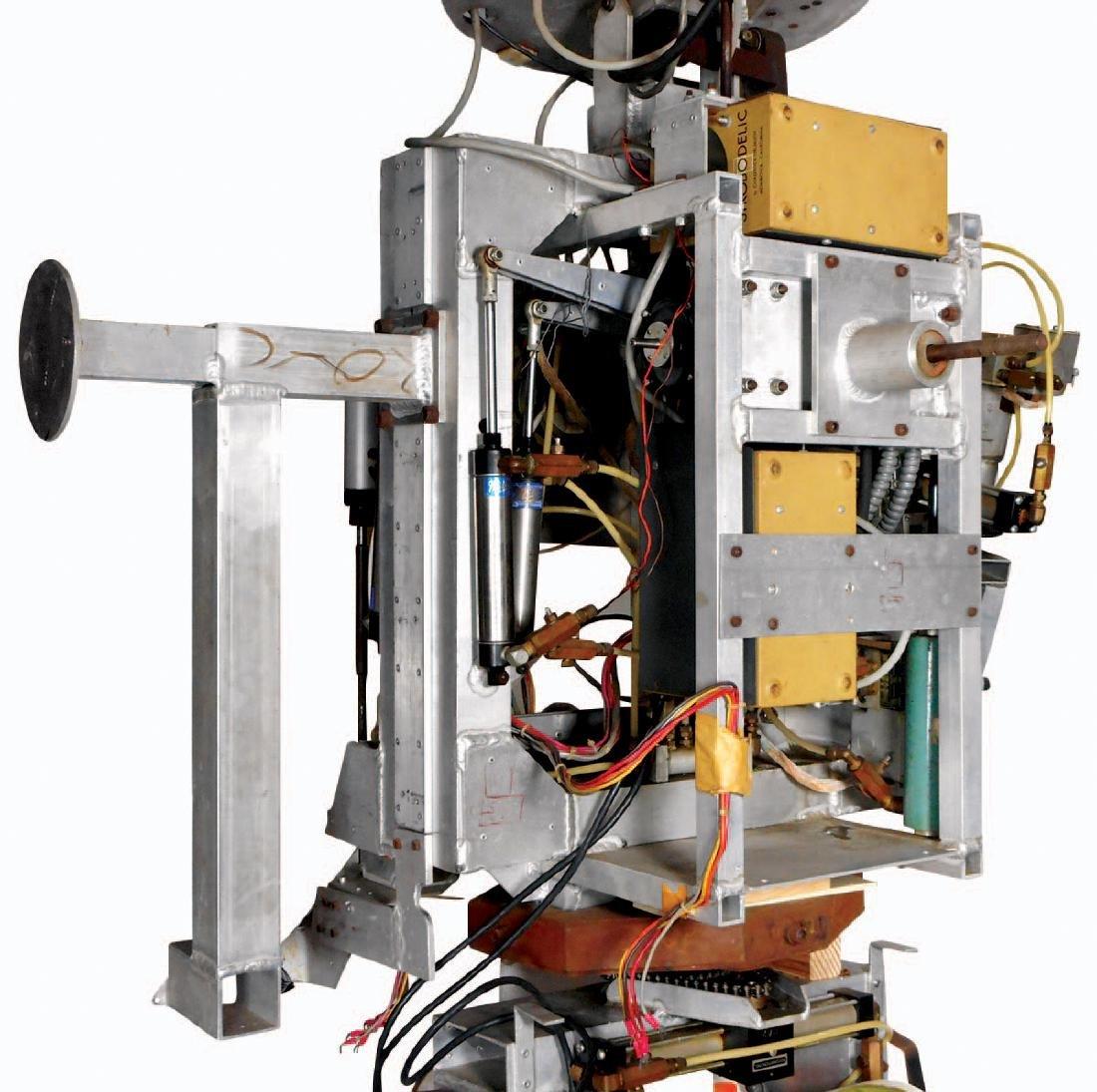 Amusement park robot, electro-mechanical multi function - 5