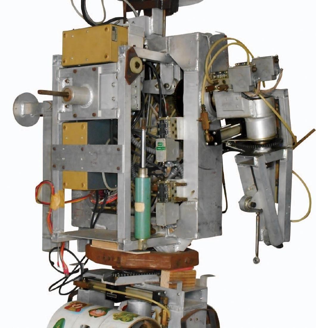 Amusement park robot, electro-mechanical multi function - 8