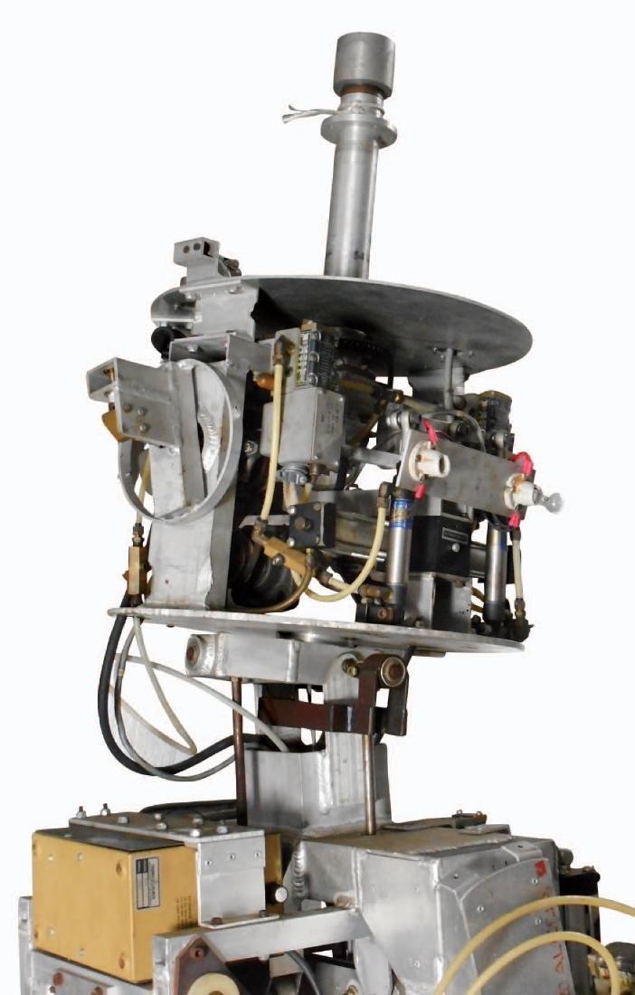 Amusement park robot, electro-mechanical multi function - 9